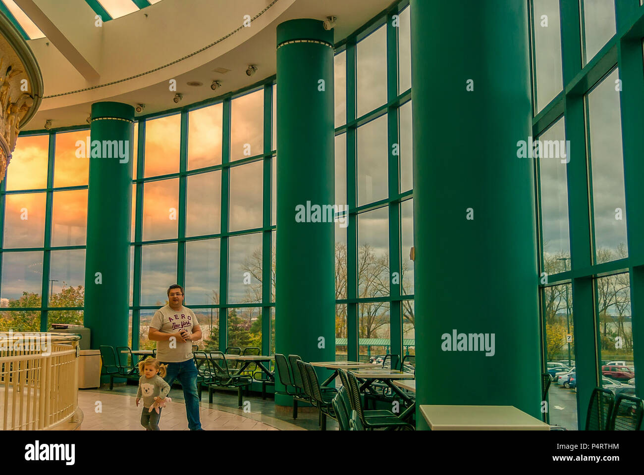 Syracuse Ny, NOV 6, 2017: A Side View of The Carousel Hall in Destiny USA Mall. - Stock Image
