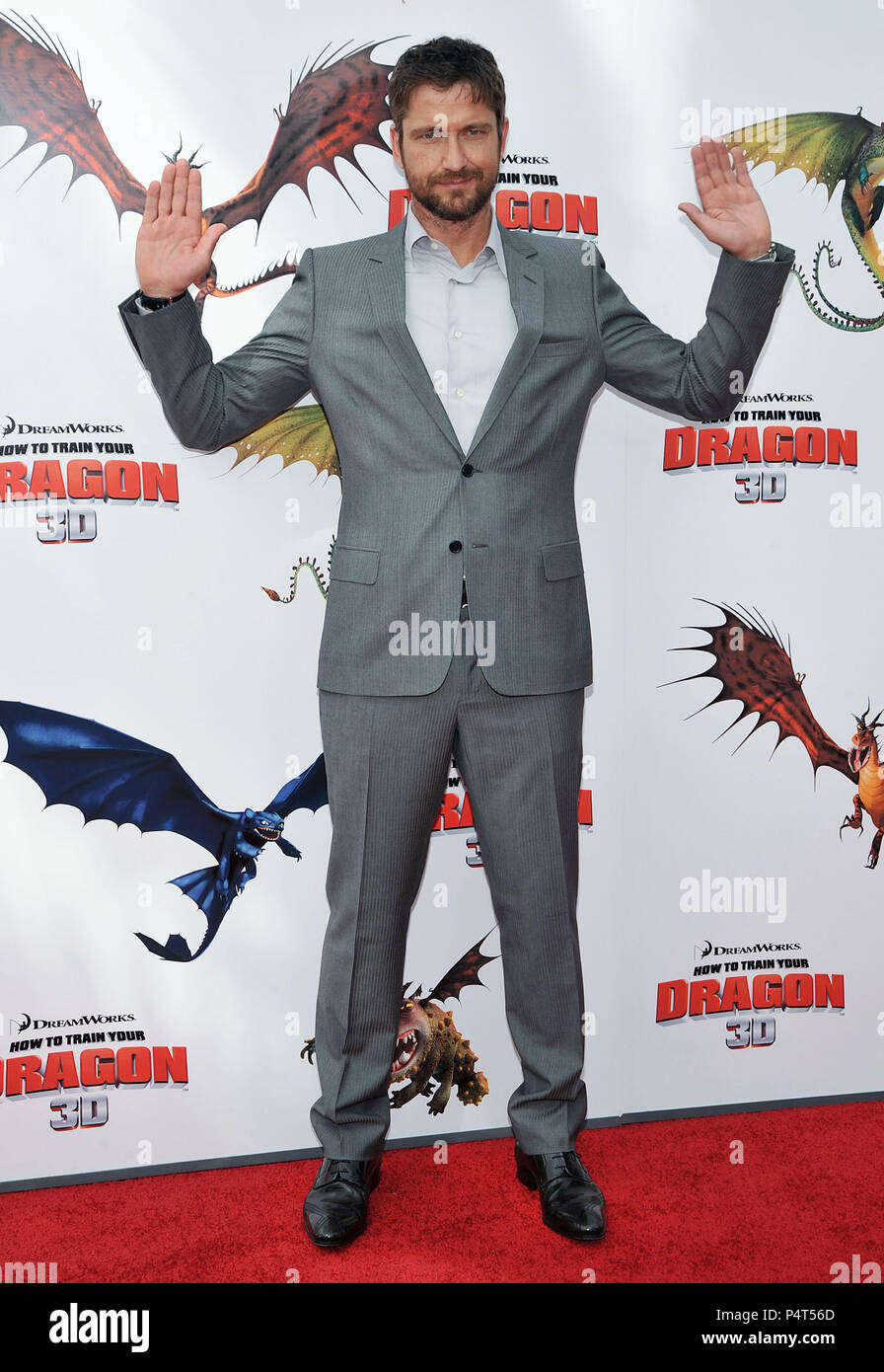 06 Gerard Butler 06 How To Train Your Dragon Premiere At