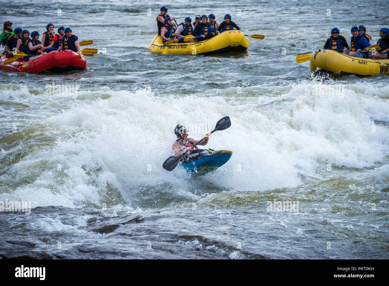 Whitewater rafting and freestyle kayaking on the Chattahoochee River at Columbus, Georgia. (USA) - Stock Image