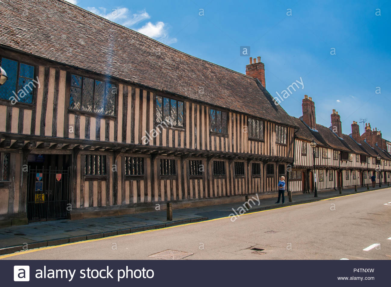 Old terraced houses with Tudor style architecture in central Stratford-upon-Avon. - Stock Image