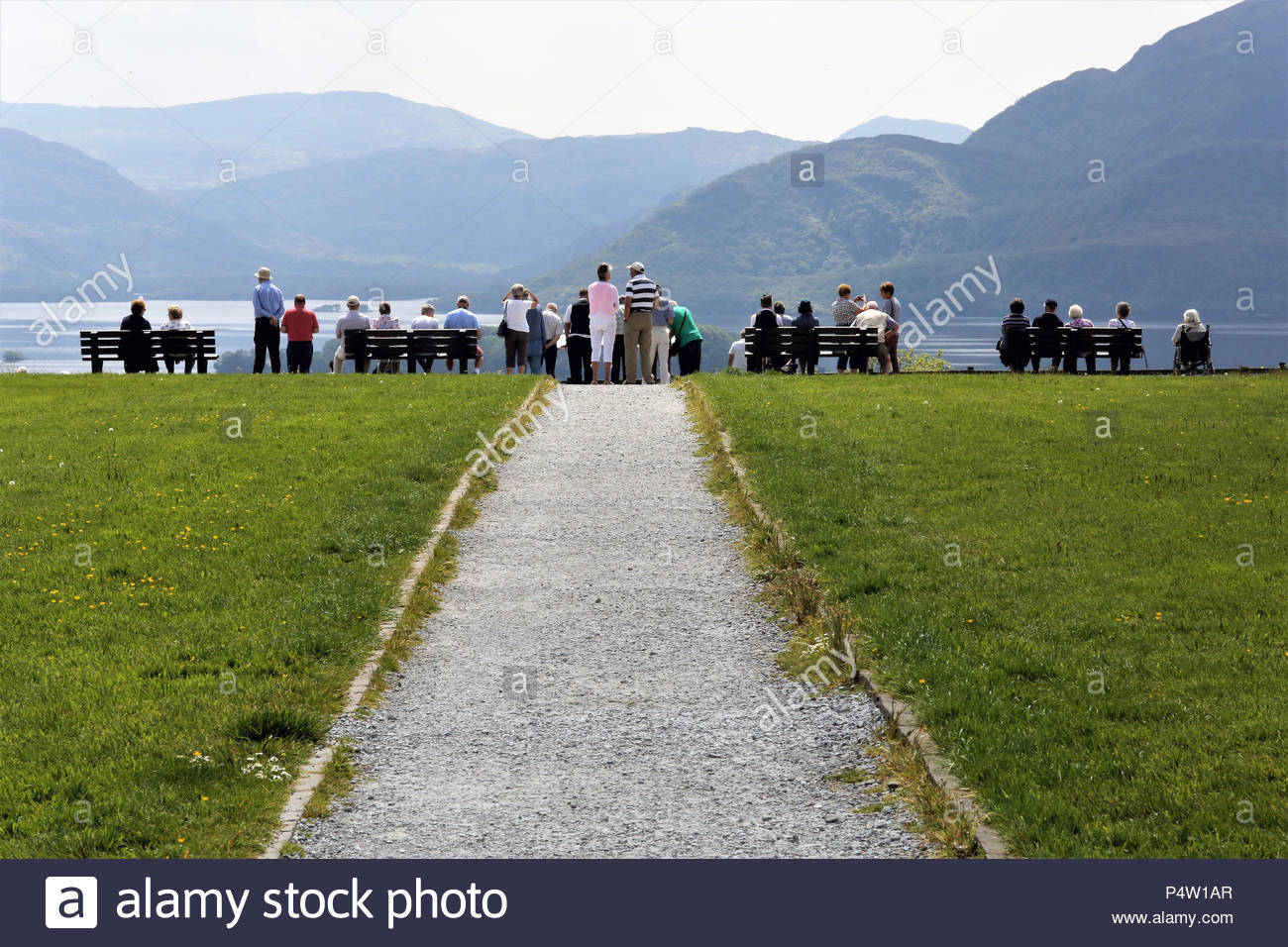 Tourists line up in County kerry, Ireland, to view a beautiful landscape - Stock Image