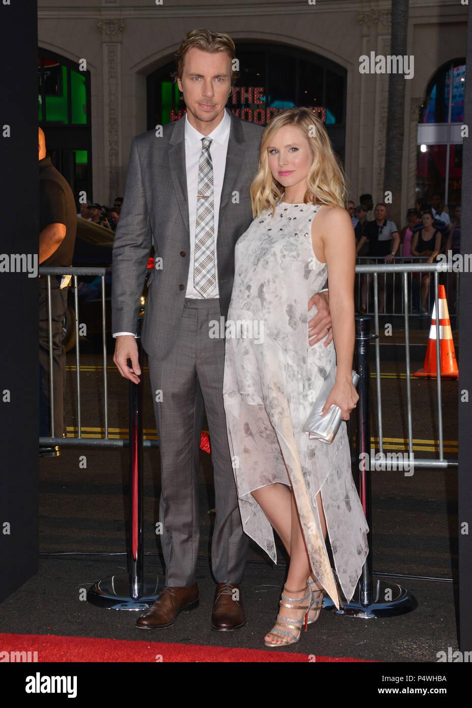 Dax Shepard, Kristen Bell 105 at the This Is Where I Leave You Premiere at the TCL Chinese Theatre in Los Angeles.Dax Shepard, Kristen Bell 105 ------------- Red Carpet Event, Vertical, USA, Film Industry, Celebrities,  Photography, Bestof, Arts Culture and Entertainment, Topix Celebrities fashion /  Vertical, Best of, Event in Hollywood Life - California,  Red Carpet and backstage, USA, Film Industry, Celebrities,  movie celebrities, TV celebrities, Music celebrities, Photography, Bestof, Arts Culture and Entertainment,  Topix, vertical,  family from from the year , 2014, inquiry tsuni@Gamma- - Stock Image