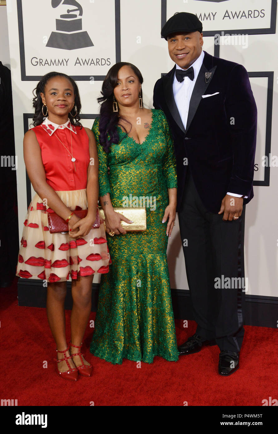 9fc037aea4f9a LL Cool J with wife and daughter arriving at the 56th Annual Grammy Awards  2014 at