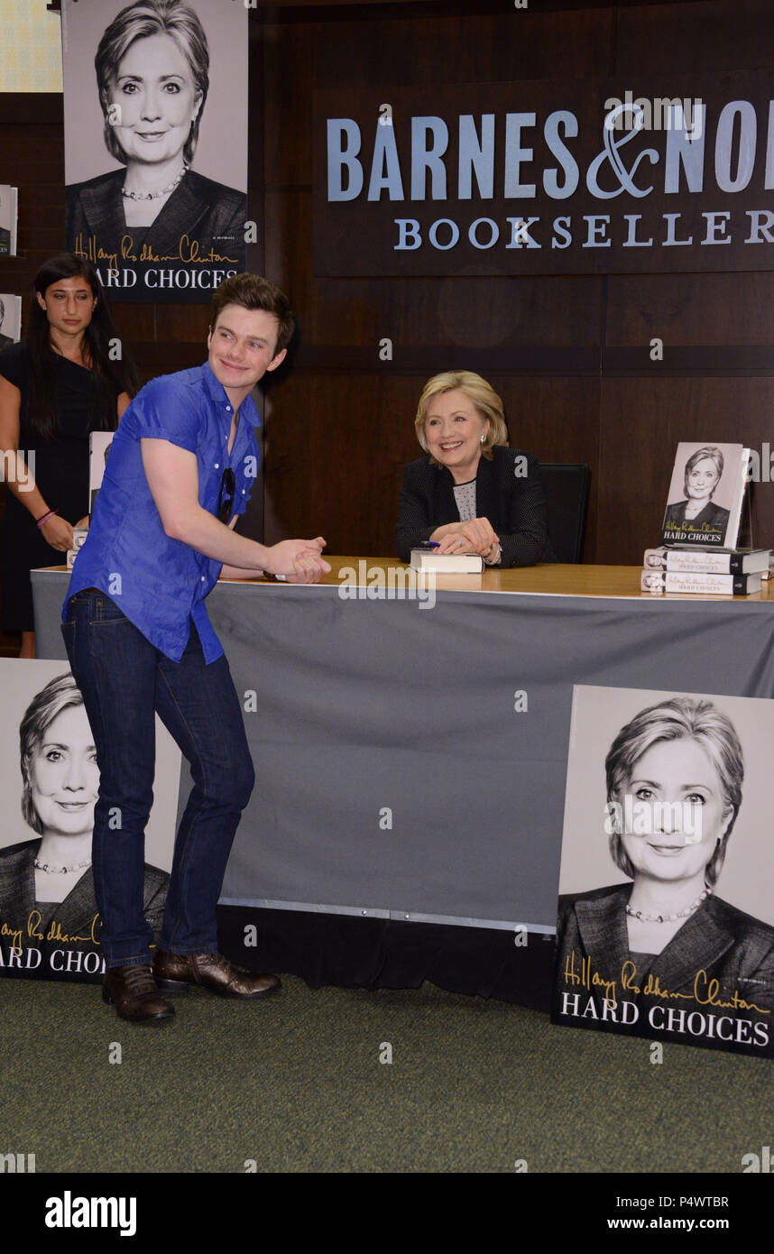 Hillary Clinton Book Signing At Barnes And Noble At The Grove In Los