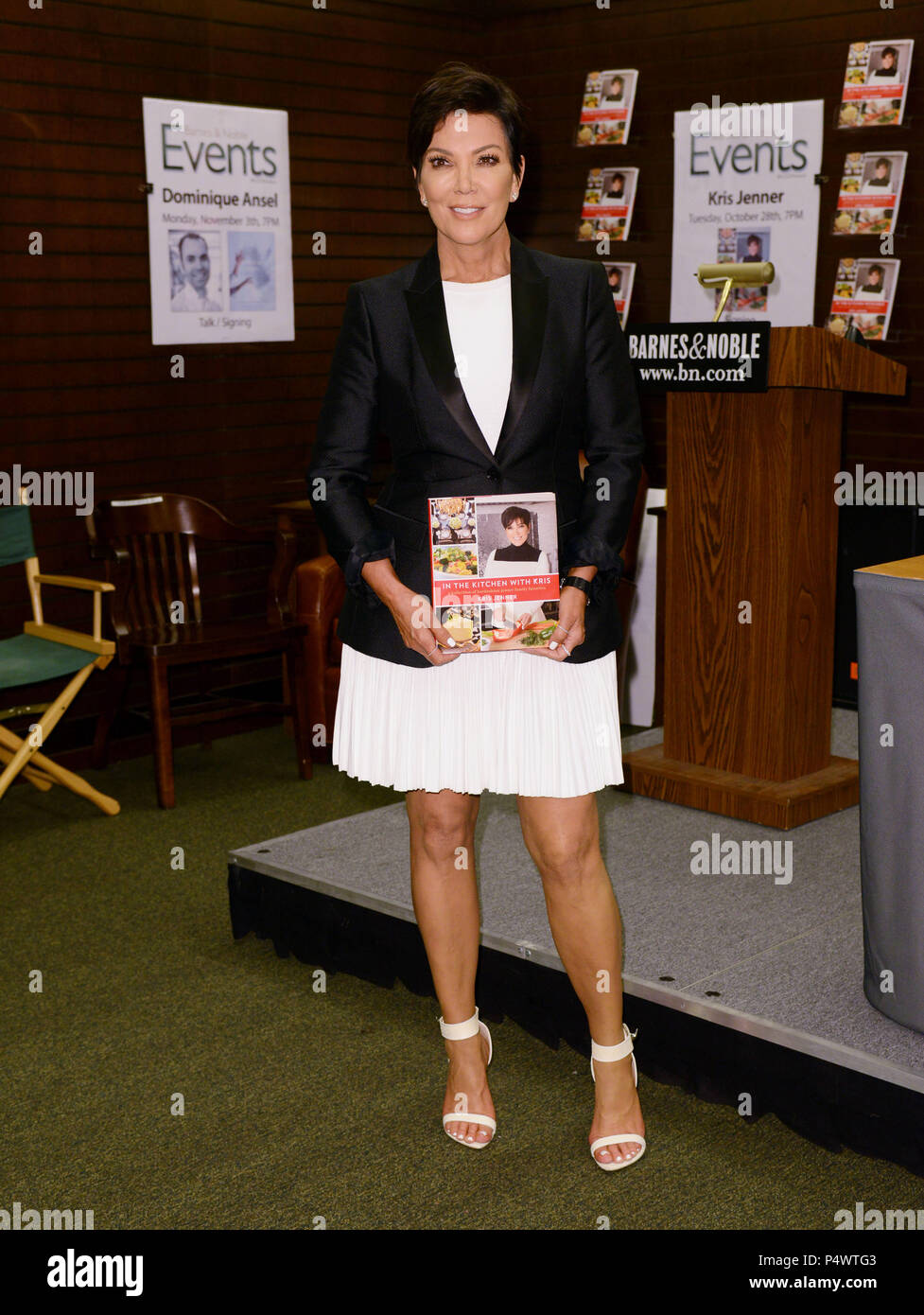 Kris Jenner Book Signing At The Barnes And Noble At The Grove In Los