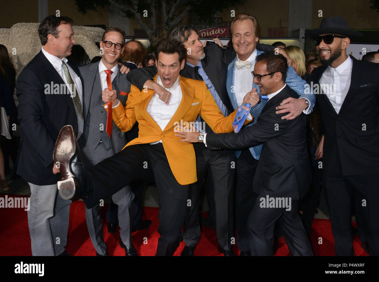 Jim Carrey, Jeff Daniels, Peter and Bobby Farrelly, Swizz