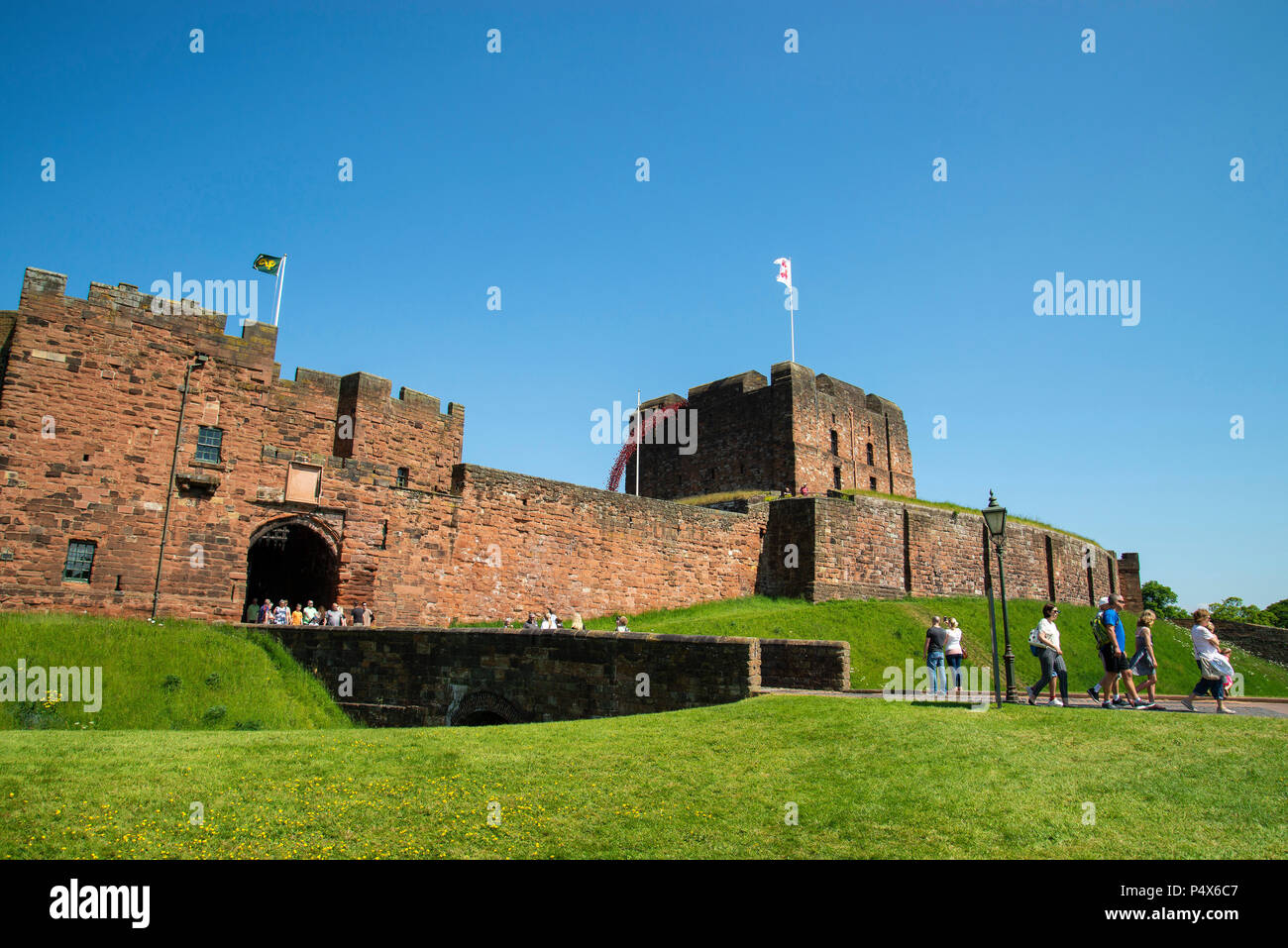 weeping windows poppies art display at Carlisle castle by paul cummins and tom piper - Stock Image