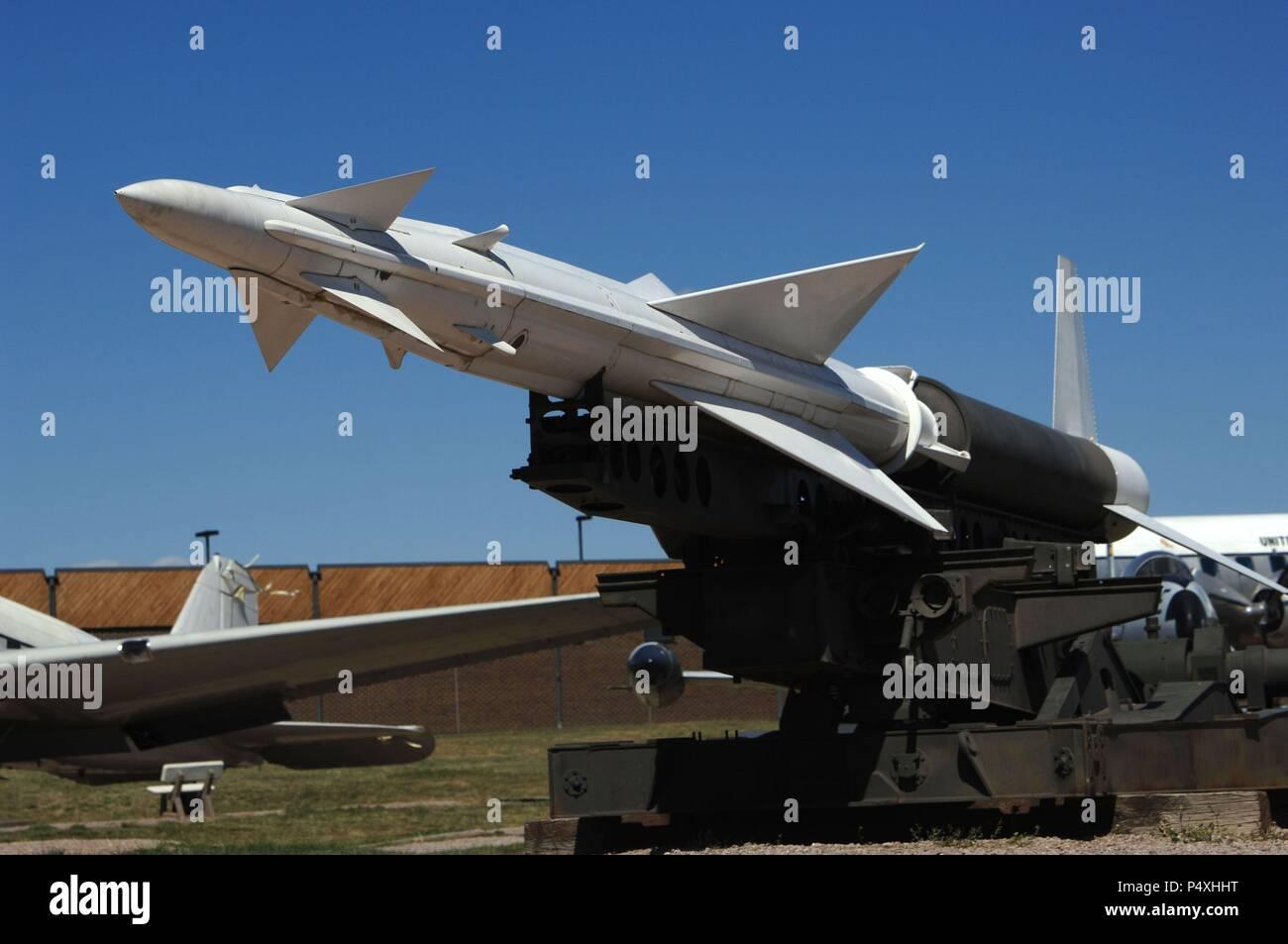 """WESTERN ELECTRIC NIKE """"AJAX"""". Primer sistema guiado de misiles tierra-aire. La primera producción data de 1952 y su activación operacional fue en 1954. Museo del Aire y el Espacio. Box Elder. Estado de Dakota del Sur. Estados Unidos. Stock Photo"""