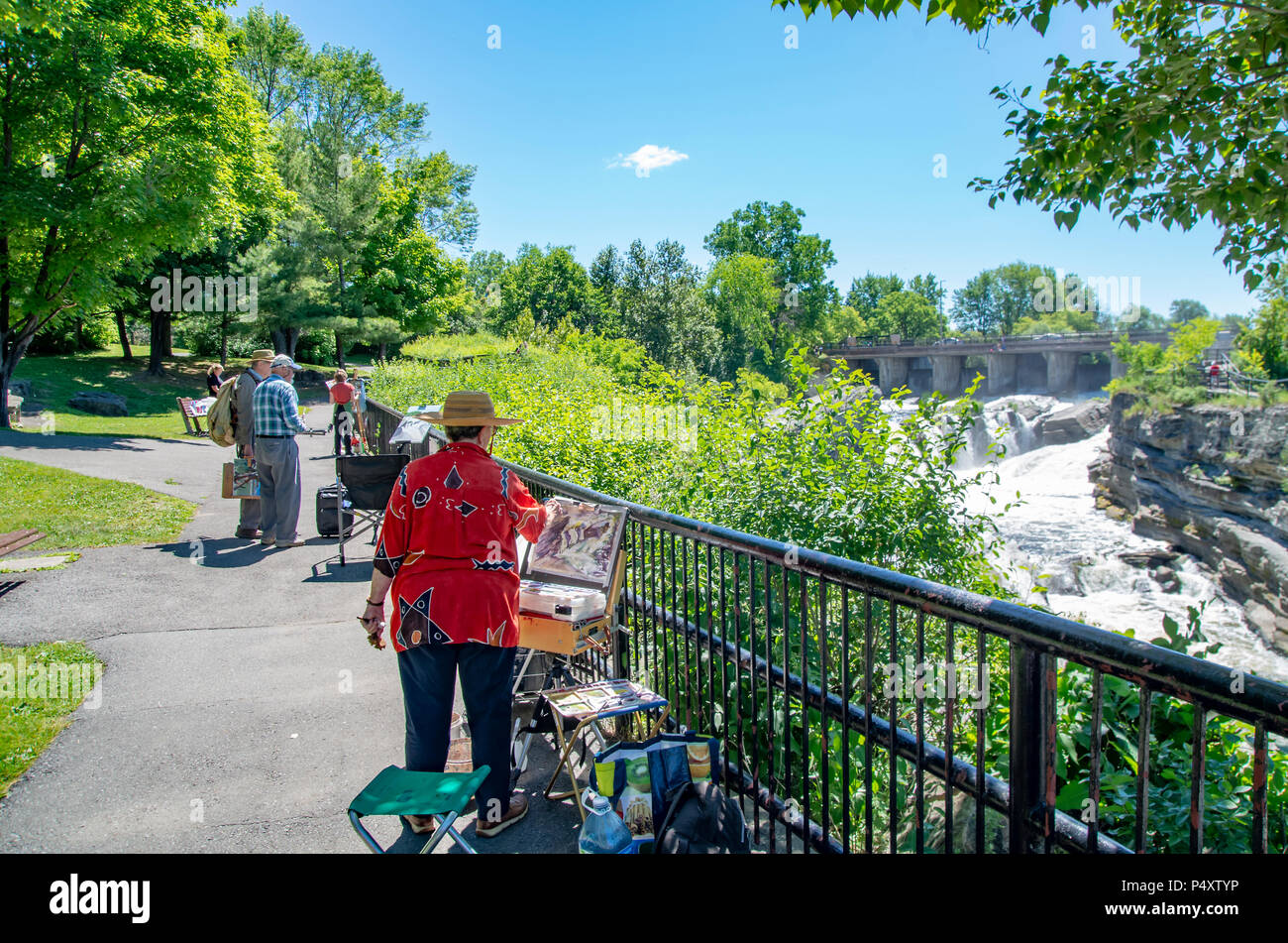 Hog's Back Park was developed in the 1950s, and it occupies an area of over 20.8 hectares. During the construction of the Rideau Canal (1826–1832), on - Stock Image