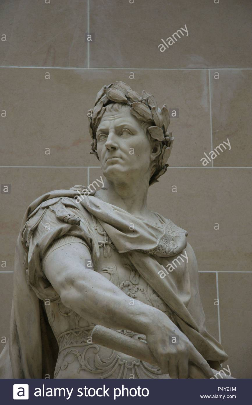 Gaius Julius Caesar (100-44 BC.) . Was a roman military and political leader.  Statue made by Nicolas Coustou (1658-1733).  Louvre Museum. Paris. Francia. Europa. Stock Photo