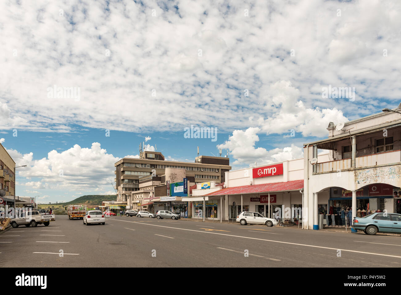 DUNDEE, SOUTH AFRICA - MARCH 21, 2018: A street scene with businesses and vehicles in Dundee in the Kwazulu-Natal Province - Stock Image