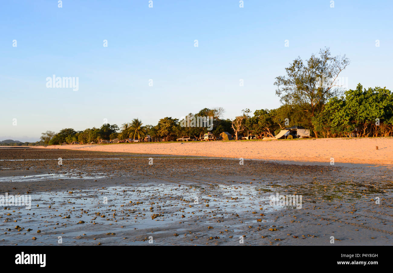 Camping at Loyalty Beach at Seisia, Cape York Peninsula, Far North Queensland, FNQ, QLD, Australia - Stock Image