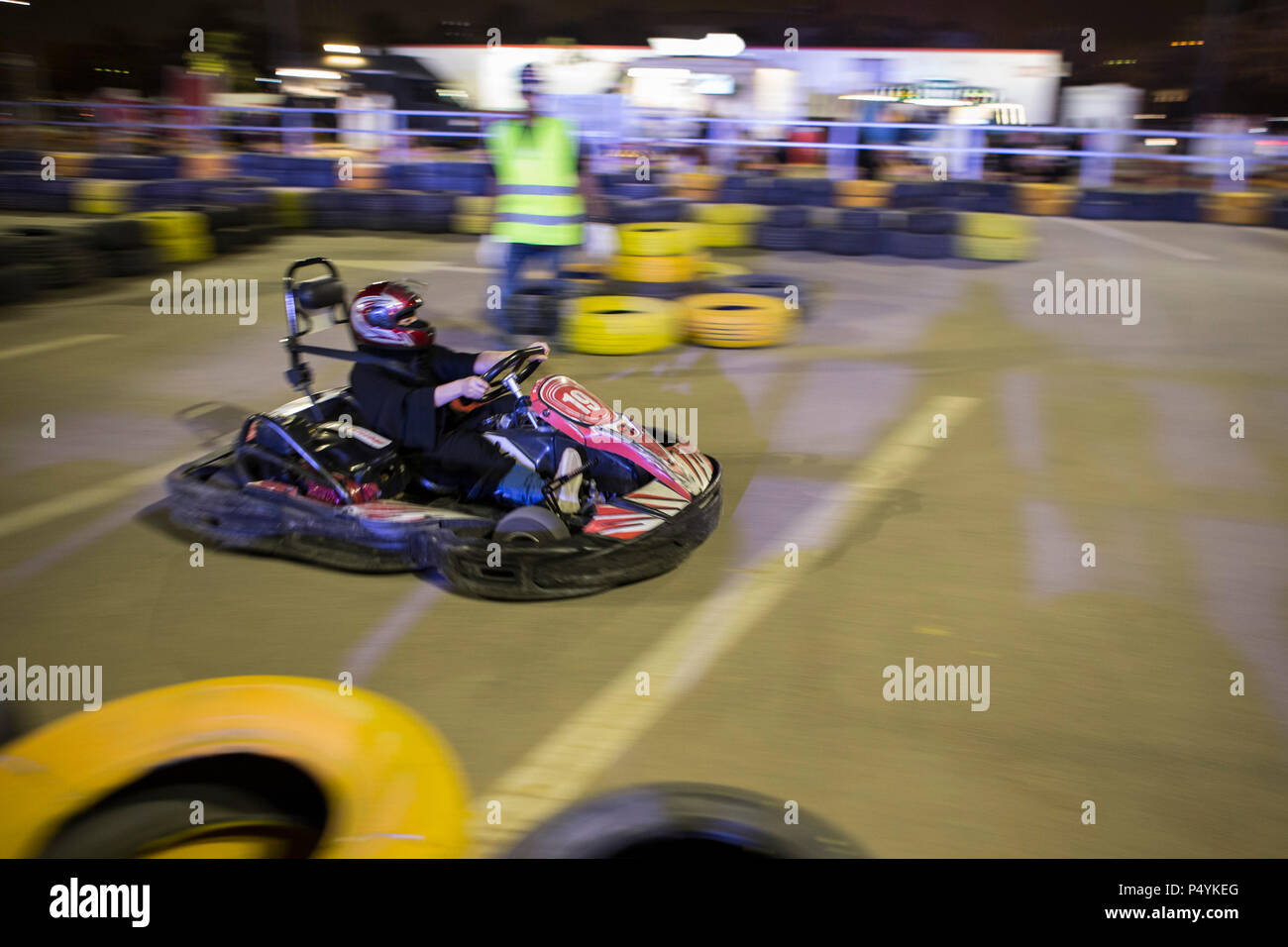 kart over arabia Riyadh, Saudi Arabia. 23rd June, 2018. A Saudi woman drives a go  kart over arabia