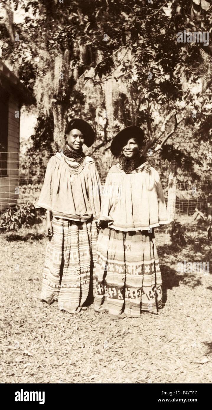Seminole women in Estero, Florida in February 1939. (USA) - Stock Image