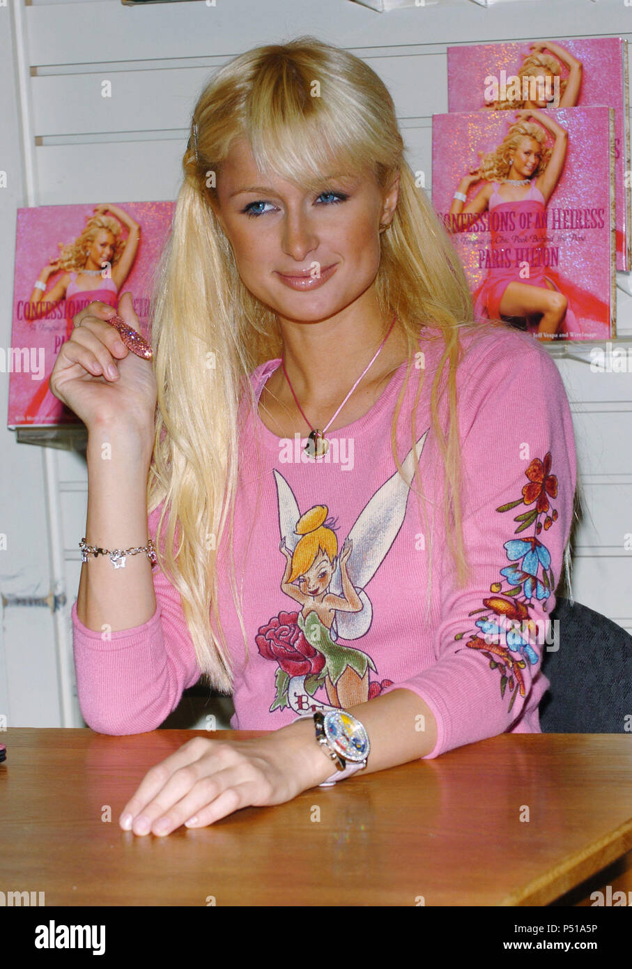Paris Hilton Was Signing Her Book Confessions Of An Heiress At The Brentano Westfield Shoping Mall In Los Angeles September 7 2004 Hiltonparis004 Red Carpet Event Vertical Usa Film Industry