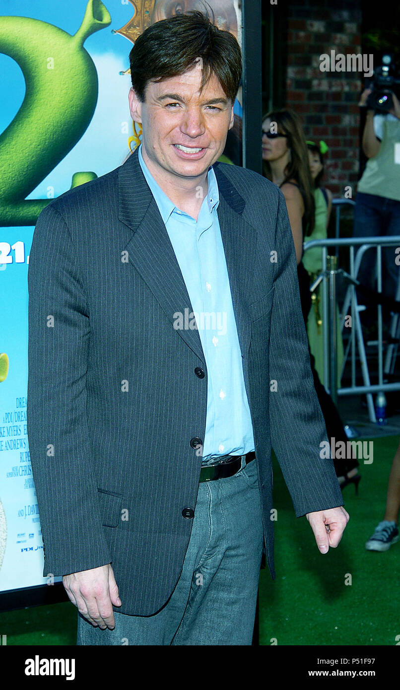Mike Myers Arriving At The Shrek 2 Premiere At The Westwood Village Theatre In Los Angeles May 8 2004 Myersmike 142 Red Carpet Event Vertical Usa Film Industry Celebrities Photography Bestof Arts