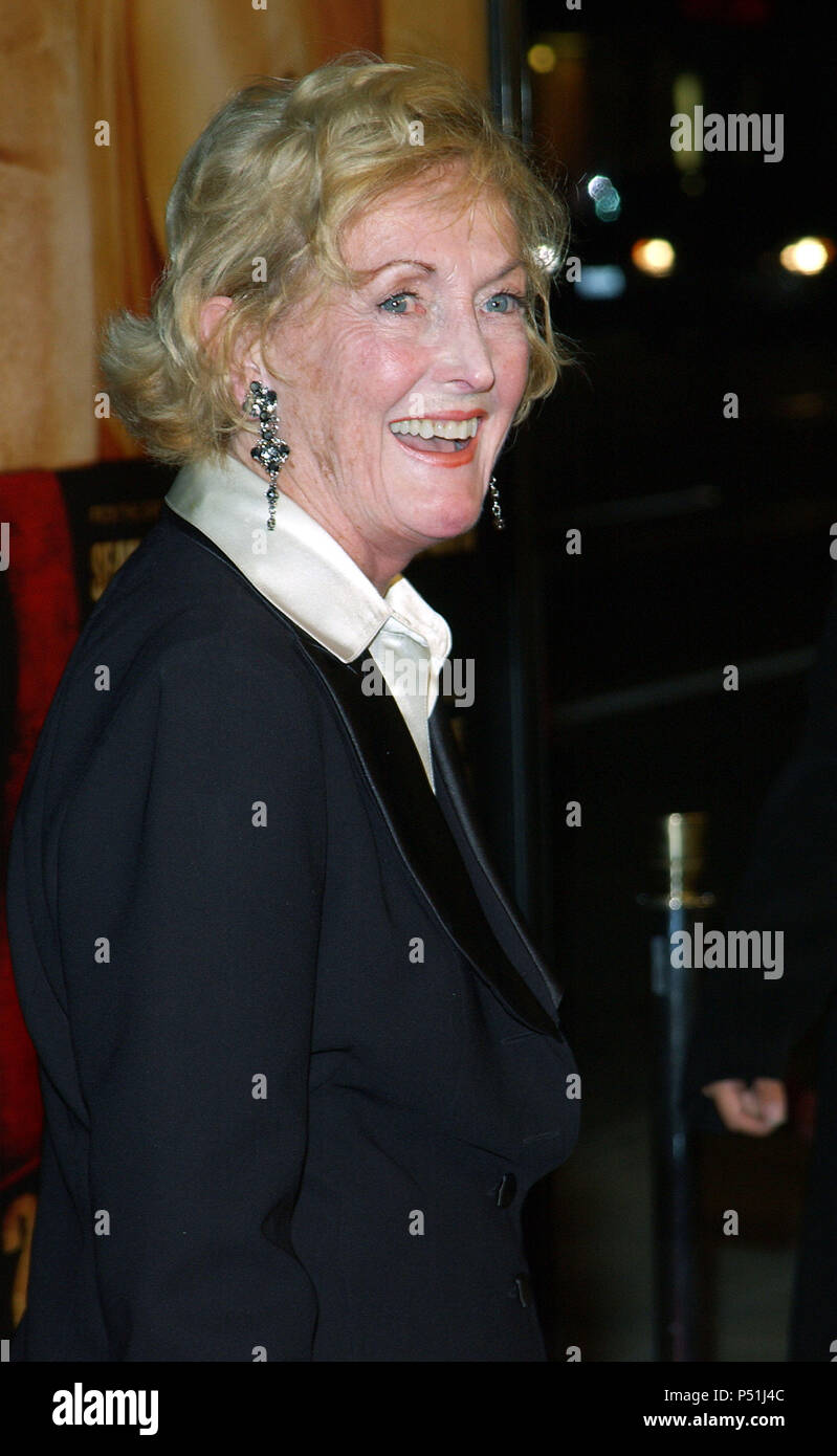 Eileen Ryan (Sean Penn's mother) arriving at the ' 21 Grams Premiere ' at