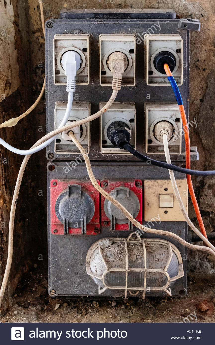 Electrical Electrical Wiring Plugs Stock Photos & Electrical ...