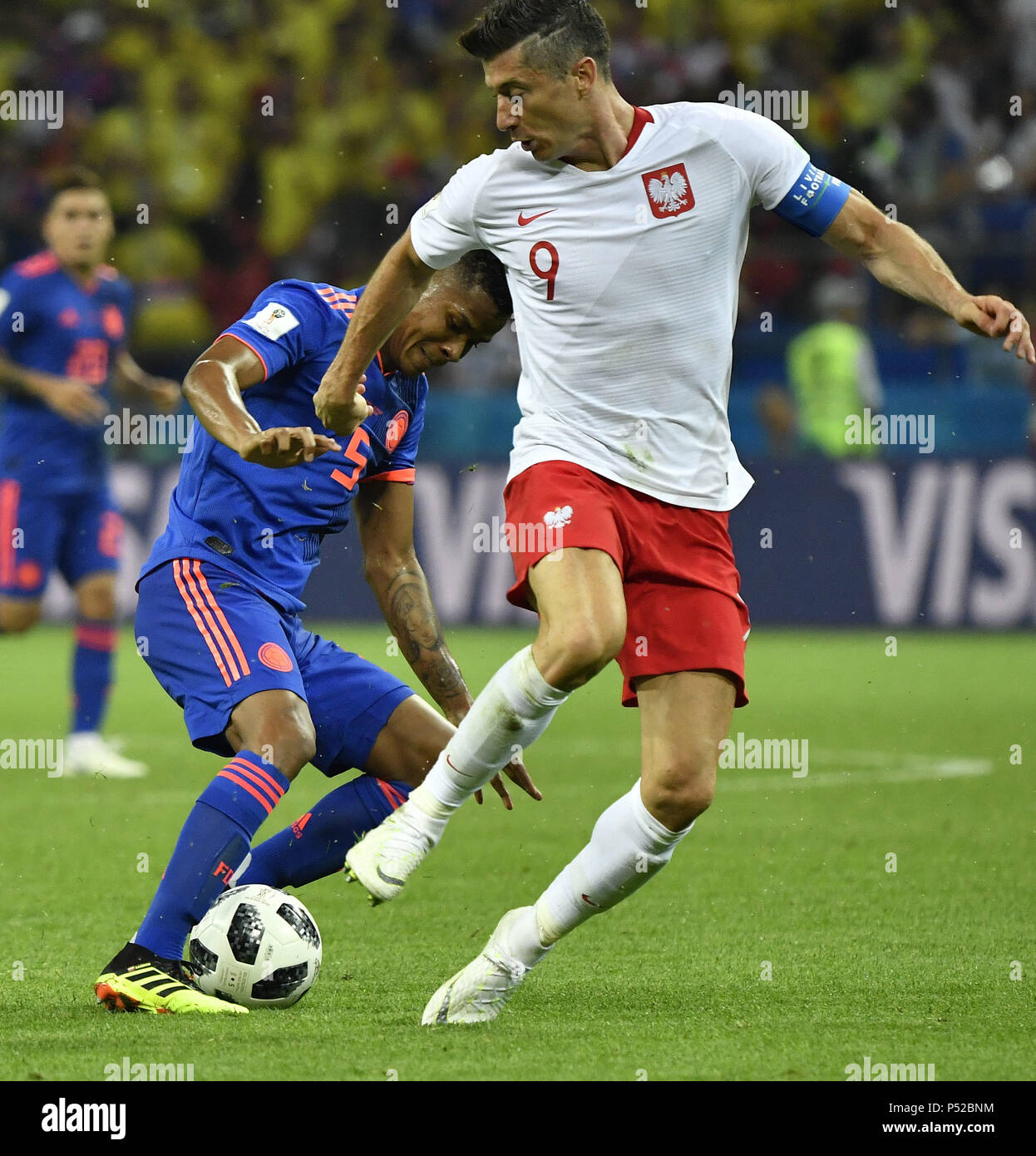 342b41c4e86 Robert Lewandowski (R) of Poland vies with Wilmar Barrios of Colombia during  the 2018 FIFA World Cup Group H match between Poland and Colombia in Kazan