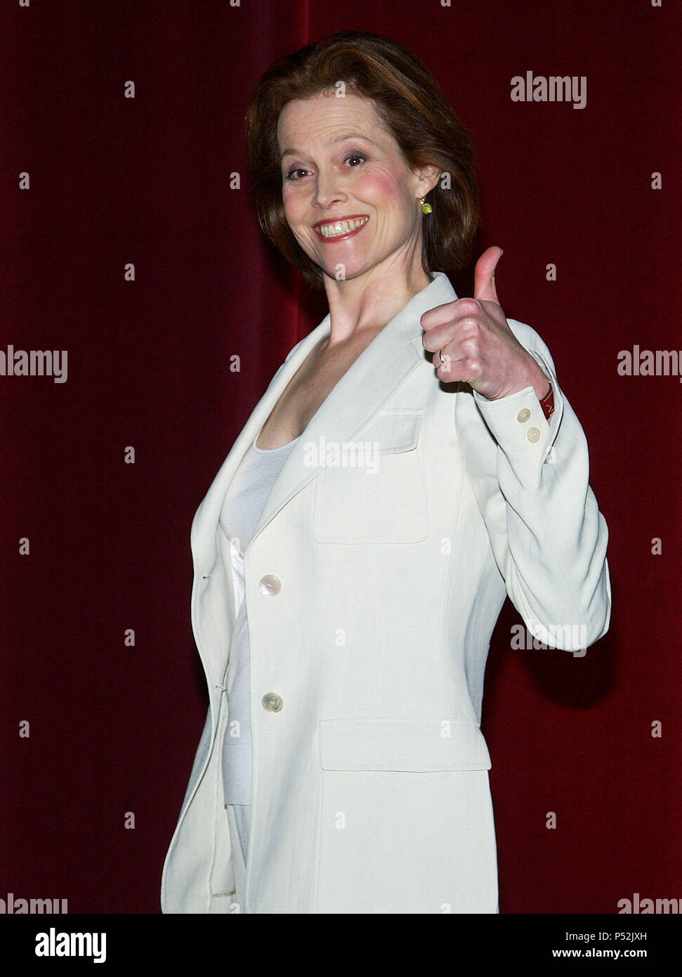 Sigourney Weaver presenting the 76th Academy Awards Nominees at the Academy of Motion Pictures and Sciences in Los Angeles. January, 27, 2004.WeaverSigourney002 Red Carpet Event, Vertical, USA, Film Industry, Celebrities,  Photography, Bestof, Arts Culture and Entertainment, Topix Celebrities fashion /  Vertical, Best of, Event in Hollywood Life - California,  Red Carpet and backstage, USA, Film Industry, Celebrities,  movie celebrities, TV celebrities, Music celebrities, Photography, Bestof, Arts Culture and Entertainment,  Topix, vertical, one person,, from the years , 2003 to 2005, inquiry  - Stock Image