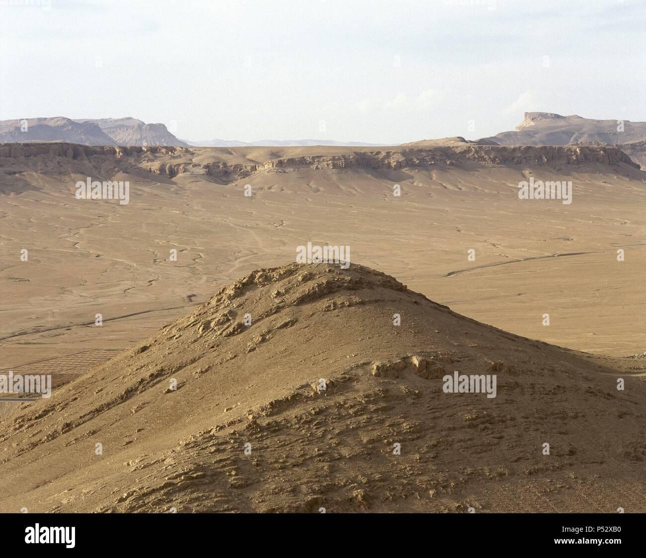 SIRIA. Panorámica del PAISAJE DESERTICO en los alrededores de Palmira, en el centro del país. Stock Photo