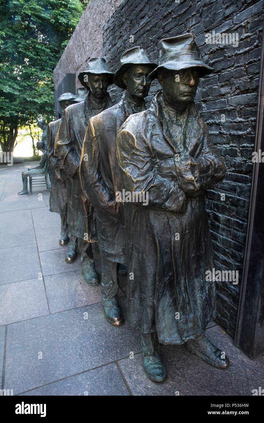 The Depression Breadline sculpture by George Segal, part of the FDR Memorial, Washington, DC, USA - Stock Image