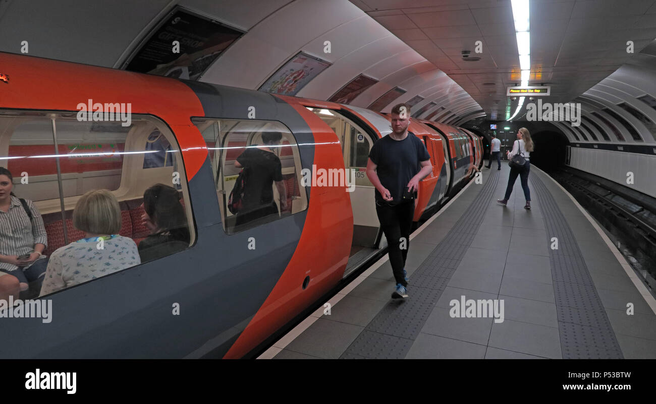 Kelvingrove Glasgow subway, SPT underground railway, city centre train / railway, Strathclyde, Scotland, UK - Stock Image