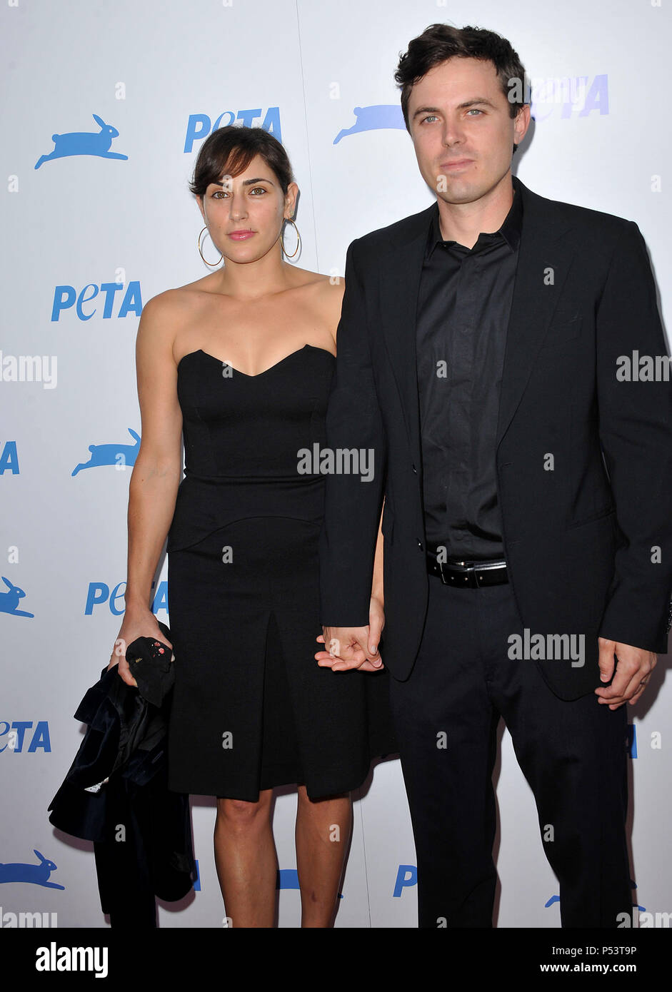 is casey affleck married