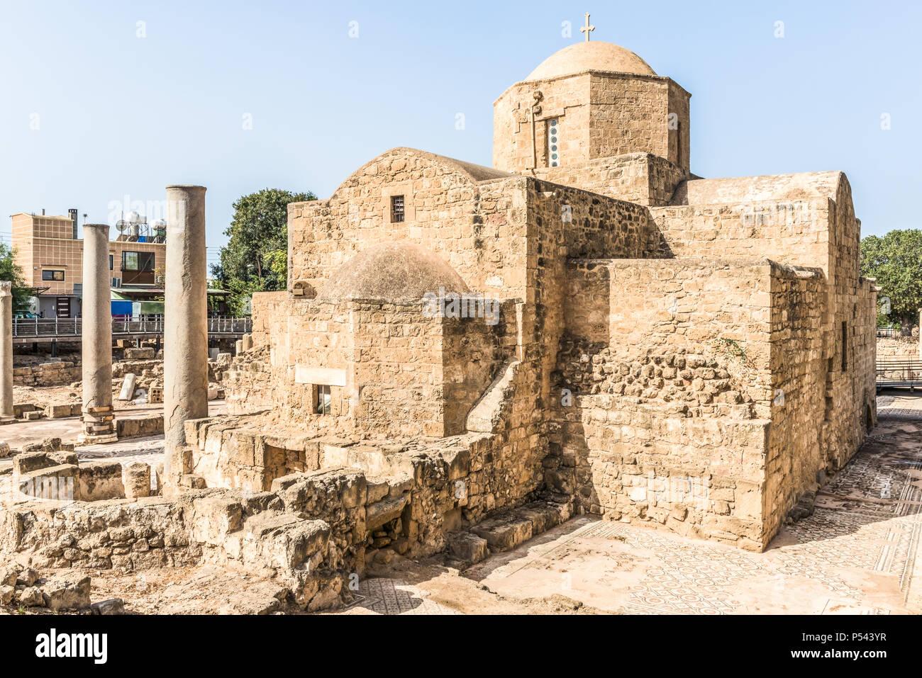 The Panagia Chrysopolitissa (Ayia Kyriaki) church in Paphos, Cyprus - Stock Image