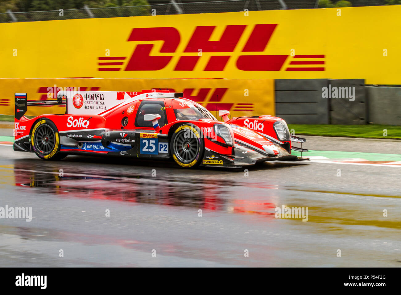 Mexico City, Mexico – September 01, 2017: Autodromo Hermanos Rodriguez. 6hrs of Mexico, FIA WEC. CEFC MANOR TRS RACING driver´s Roberto Gonzalez, Simon Trummer or Vitaly Petrov, at the Oreca 07 Gibson No. 25, running at the Free Practice I. - Stock Image