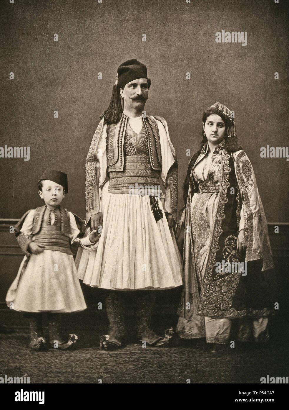 Studio portrait of models wearing traditional clothing from the province of Yanı̈a (Yanya), Ottoman Empire, circa 1873 - Stock Image