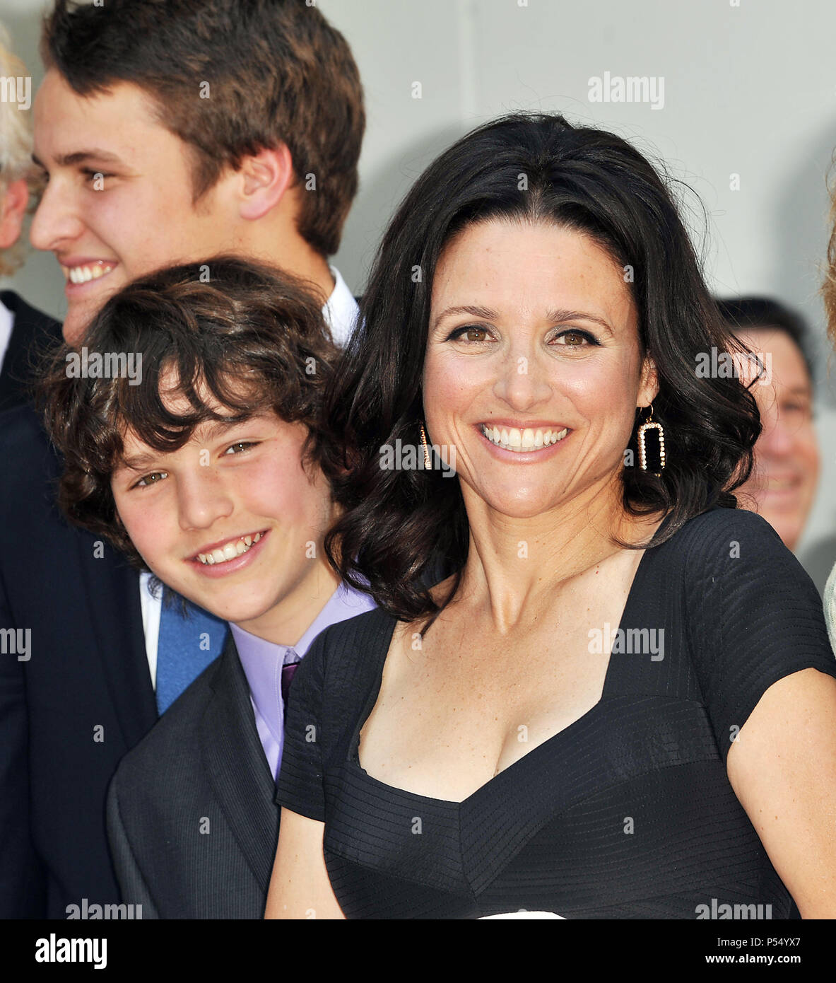 Julia Louis Dreyfus Husband: Julia Louis Dreyfus Family Julia Louis Dreyfus Stock