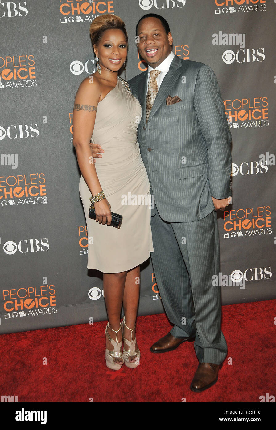 Mary J  Blige Kendu Isaacs 102 - PeopleÕs Choice Awards 2010 at the