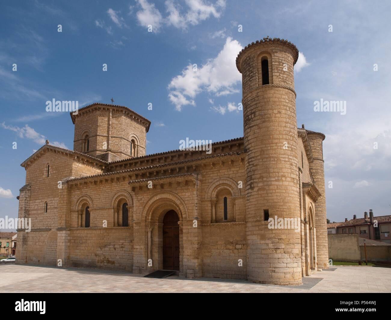 Arte Romanico Espana San Martin De Fromista Iglesia Romanica