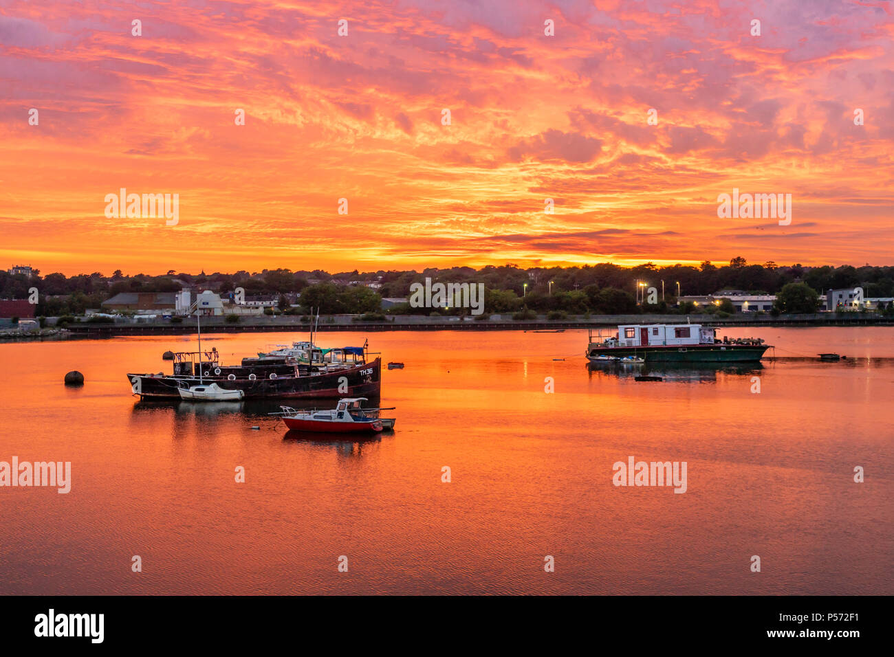Spectacular golden sunset over Itchen River in Northam, Southampton, England, UK - Stock Image