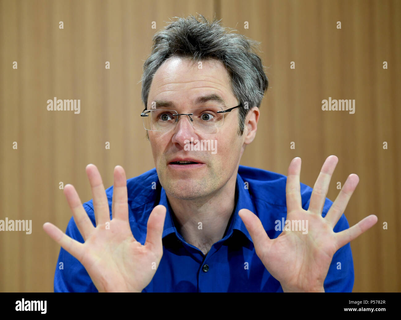 Berlin, Germany. 19th June, 2018. Christoph Bautz, CEO of Campact, delivers a statement during the press conference about the 'Stop-Kohle' (lit. stop coal) demonstration on 24 June 2018, which is also expected to take place in Berlin. Credit: Britta Pedersen/dpa-Zentralbild/dpa/Alamy Live News Stock Photo