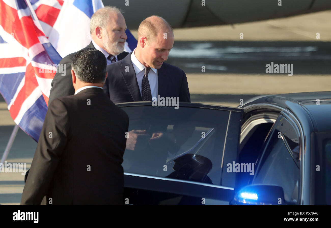 Tel Aviv. 25th June, 2018. UK's Prince William (R) arrives at Ben Gurion Airport for a visit to Israel, on June 25, 2018. Credit: JINI/Gideon Markowicz/Xinhua/Alamy Live News - Stock Image