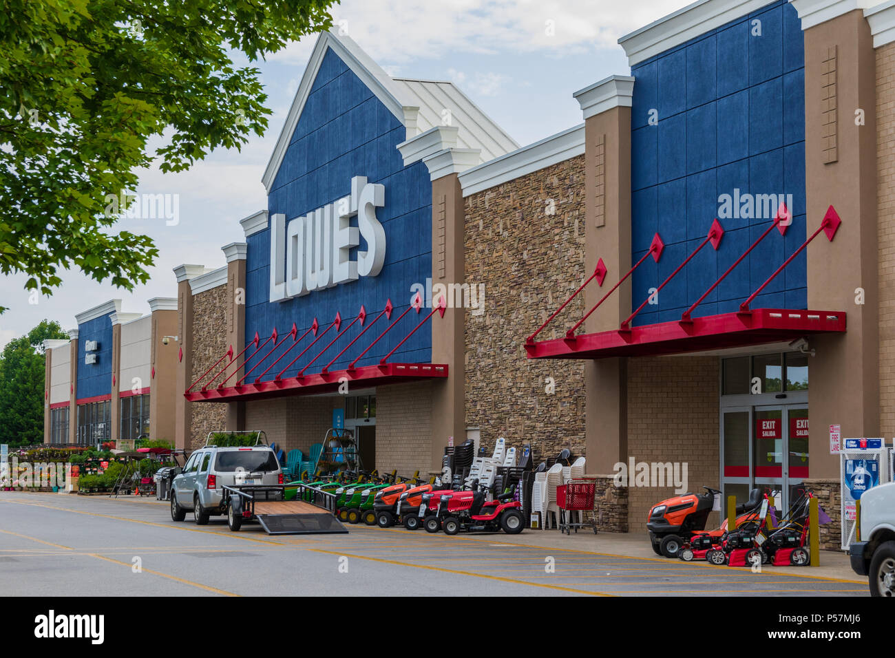 Lowe's Home Improvement D Iberville Ms