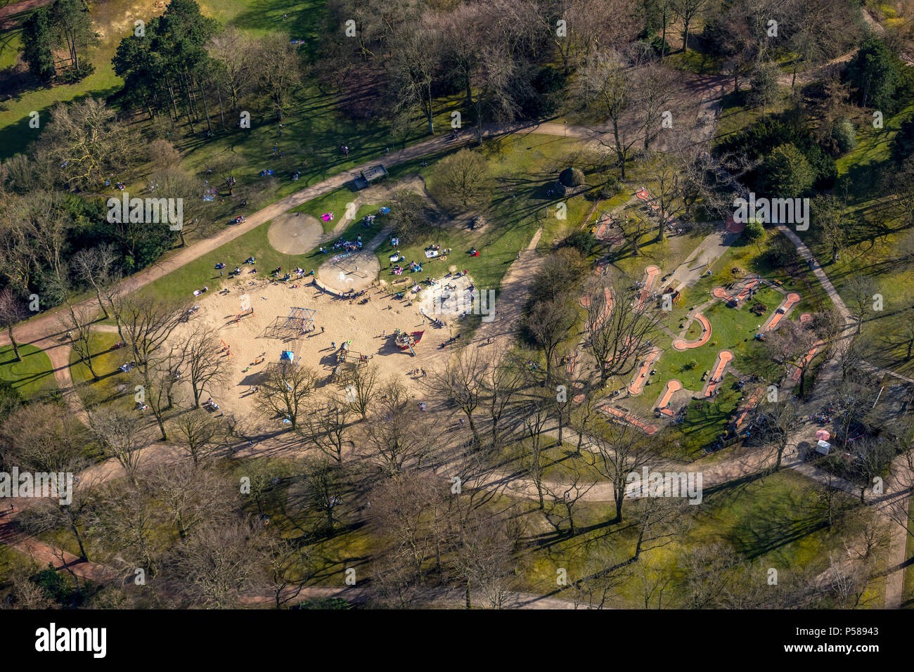 Miniature Golf Course Stock Photos & Miniature Golf Course Stock ...