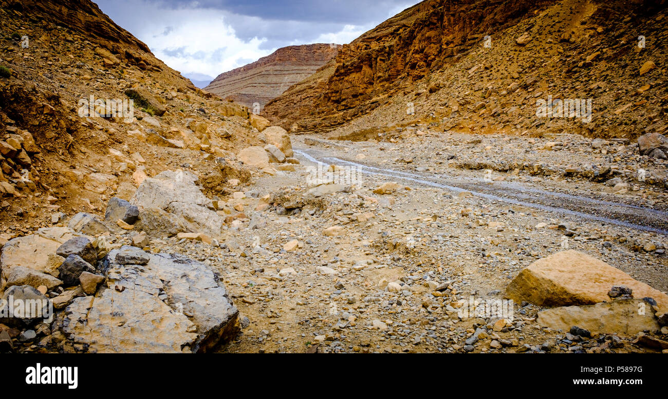 The piste from Tamtetoucht to Msemrir, Morocco - Stock Image