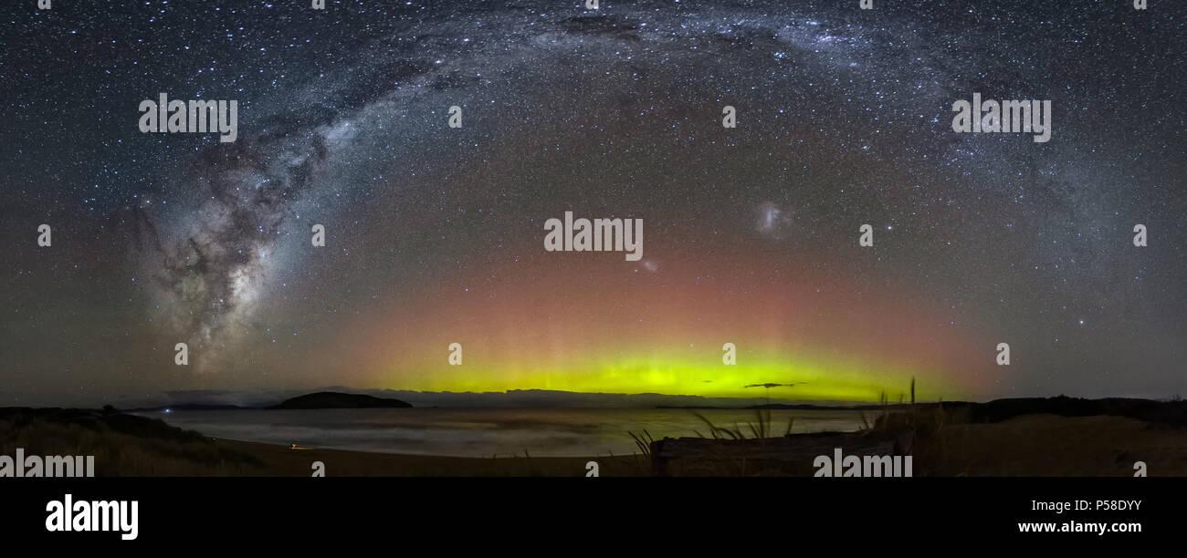 Aurora Australis under Milky Way Bow - Stock Image