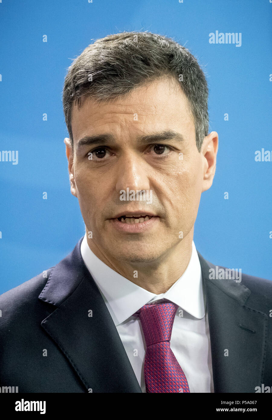 Germany, Berlin. 26th June, 2018. Spanish prime minister Pedro Sanchez during a press conference with German chancellor Merkel. They met for bilateral talks at the federal chancellery in Berlin. Credit: Michael Kappeler/dpa/Alamy Live News - Stock Image