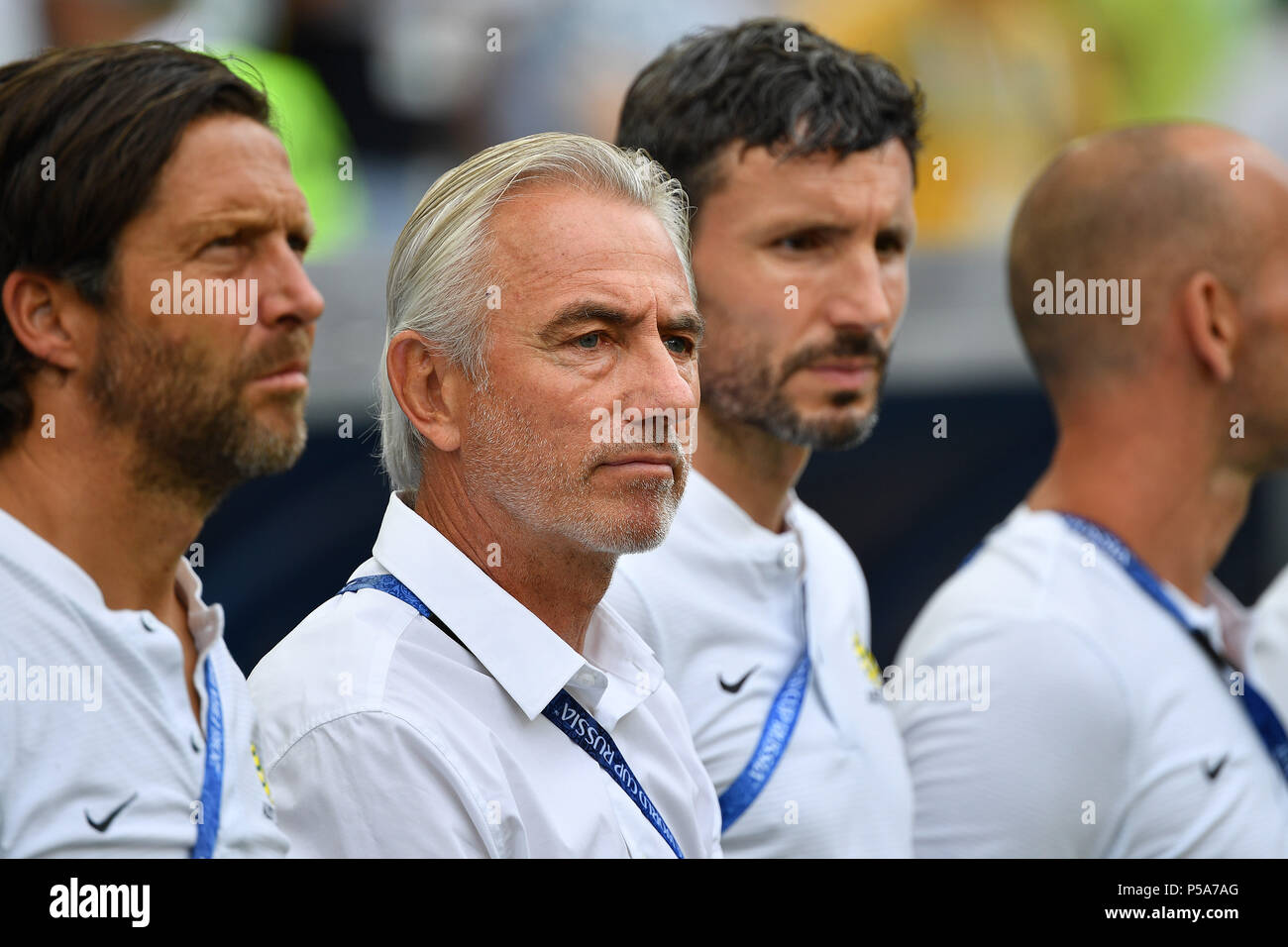 Mark Van Bommel Stock Photos & Mark Van Bommel Stock ...