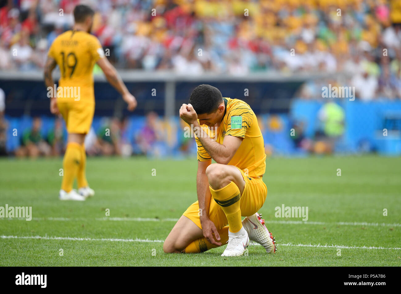 Sochi, Russland. 26th June, 2018. Tom ROGIC (AUS), disappointment, frustrated, disappointed, frustratedriert, dejected, after missed goalchance, action, single action, frame, cut out, full body shot, whole figure. Australia (AUS) - Peru (PER) 0-2, Preliminary Round, Group C, Game 38, on 26.06.2018 in SOCHI, Fisht Olymipic Stadium. Football World Cup 2018 in Russia from 14.06. - 15.07.2018. | usage worldwide Credit: dpa/Alamy Live News - Stock Image