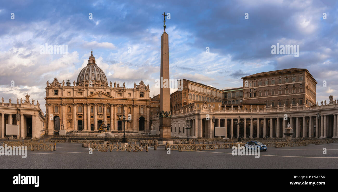 An eerily empty St. Peter's Square, early in a summer morning. - Stock Image