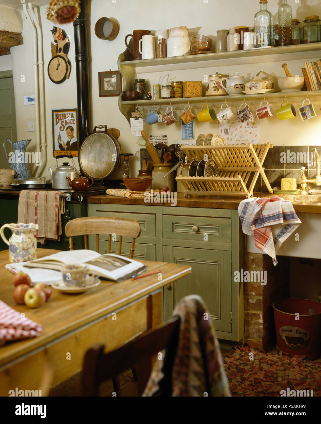 Old Fashioned Kitchen High Resolution Stock Photography And Images Alamy