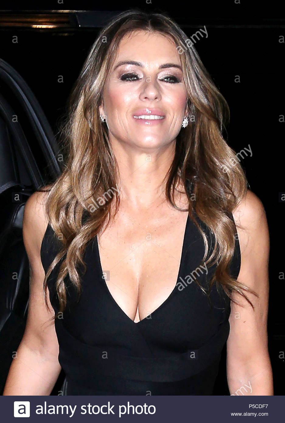 Celebrity Elizabeth Hurley nudes (38 photo), Pussy, Hot, Instagram, bra 2006