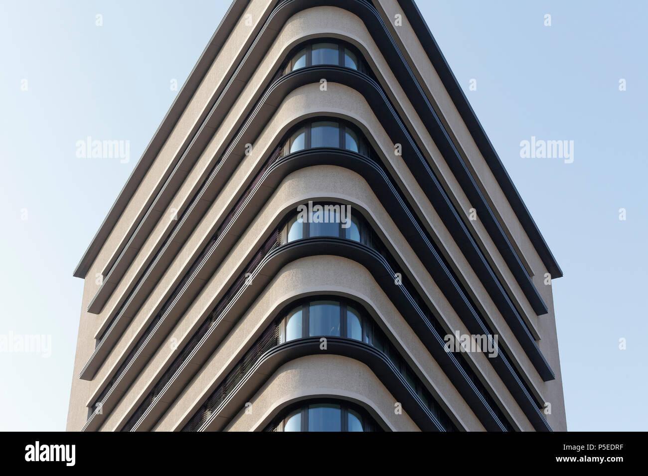 Triangular office tower, Trias high-rise, architects Schulz & Schulz, Leipzig, Saxony, Germany - Stock Image