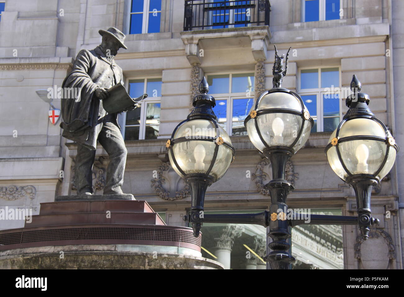 Bronze statue of James Henry Greathead (South African civil and railways engineer) outside The Royal Exchange, London, England, UK, PETER GRANT - Stock Image