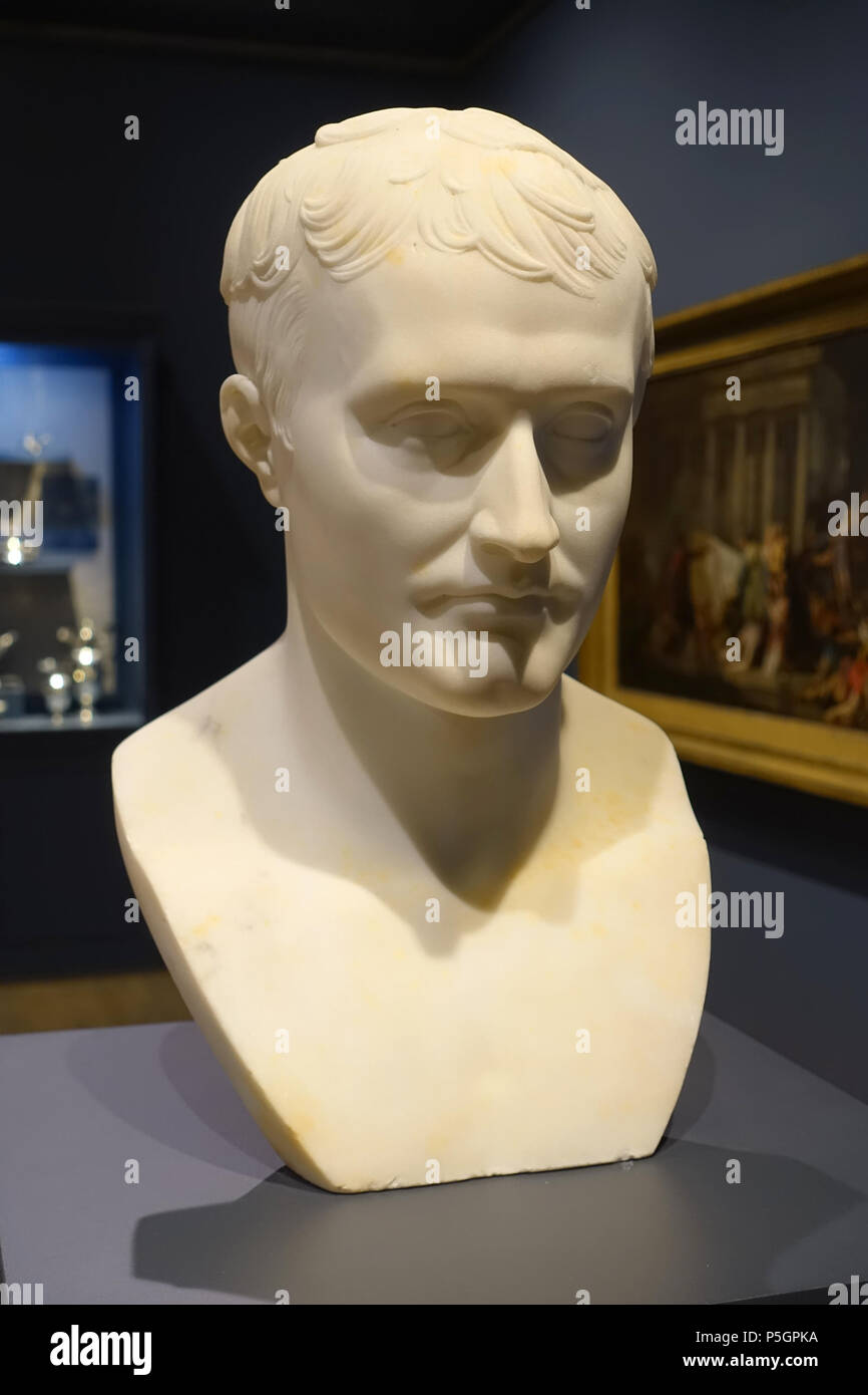 N/A. English: Exhibit in the Montreal Museum of Fine Arts - Montreal, Quebec, Canada. 28 September 2016, 10:40:35. Daderot 252 Bust of Napoleon I, after Antoine-Denis Chaudet, early 1800s, marble - Montreal Museum of Fine Arts - Montreal, Canada - DSC08641 - Stock Image